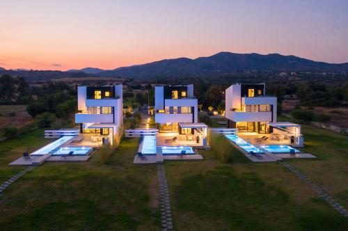 Beachfront Luxury Villas in Rhodes | Albatross Villas